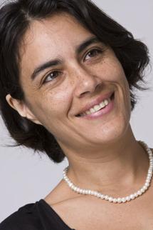 Mme CESARI Maya